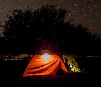 夜中のテント