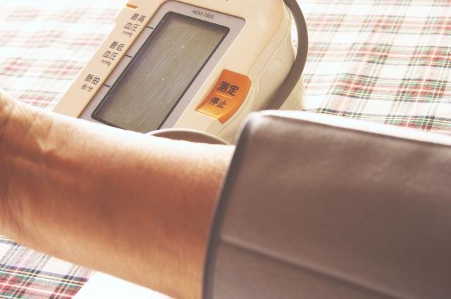 omron 血圧計