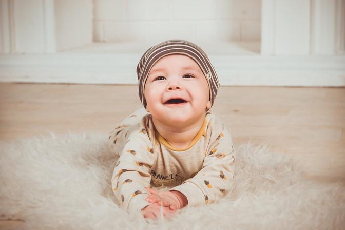 可愛い赤ちゃんの写真