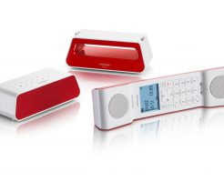 今も昔も一家に一台電話機を!進化した今時のおしゃれな電話機!