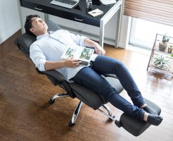 パソコン用に寝られるオフィスチェアで気分と効率UP