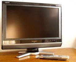 サイズの拡大や壁掛けを実現させた液晶テレビ